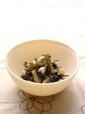 豆とひじきとさやいんげんのマリネ