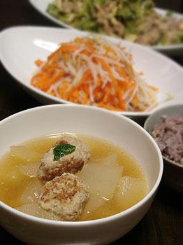 冬瓜と肉団子のスープ仕立て